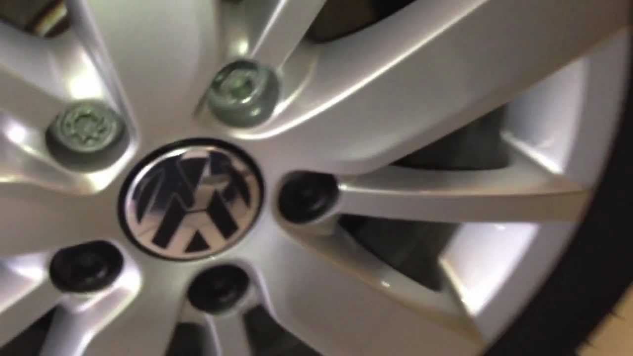 vw wheel nutbolt cover removal  replacement youtube