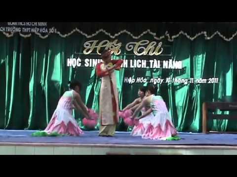 Học sinh thanh lịch THPT Hiệp Hòa 1: Nguyễn Thị Quỳnh -12a6