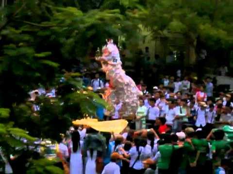 Trung Thu 2011 - THPT Hòa Vang - Mua Lan