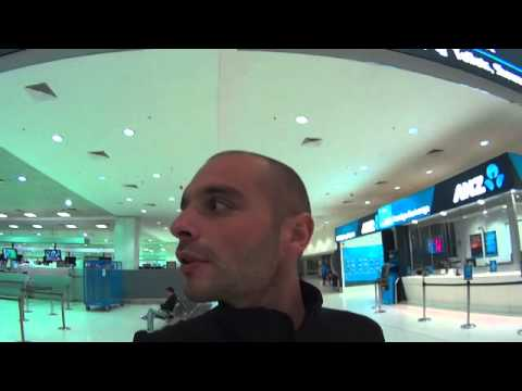 138 Sydney Airport 2   Cache cache