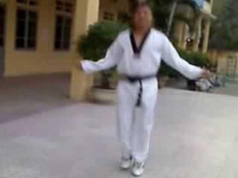 thầy Khải hướng dẫn kỹ thuật nhảy dây