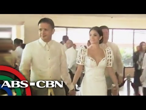 White dominates SONA 2014 Red Carpet