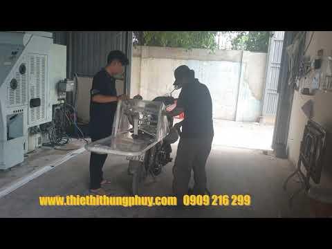 giao hàng xe đẩy thùng phuy F28 cho khách hàng tại Q. Bình Tân, Tp HCM