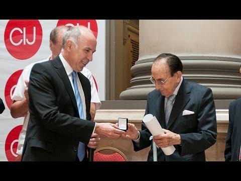 La Corte rindió homenaje a los ministros Fayt y Petracchi por sus 30 años en el Máximo Tribunal