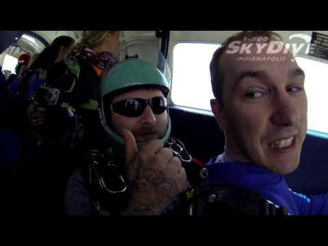Tim Kennedy's Tandem skydive!