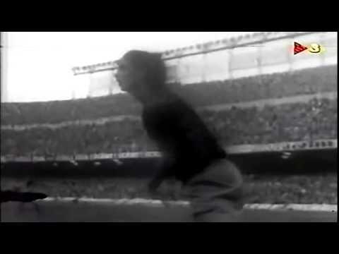 Debut de Cruyff con el F C Barcelona  28 de octubre de 1973