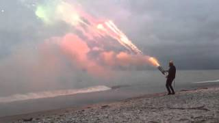 Roman Candle Mini-Gun Shoots 1000 shots in 45 Sec!!