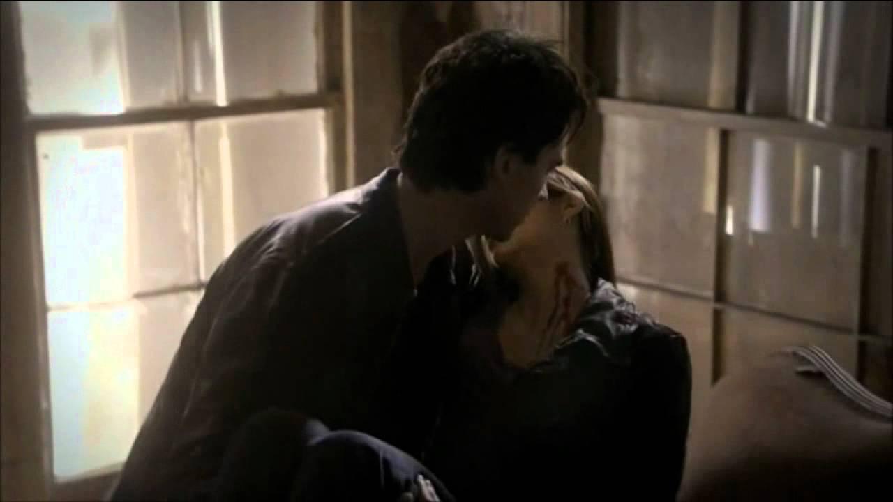 Damon y elena cronicas vampiricas 2x21 espa ol youtube for Damon y elena