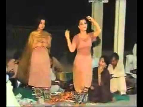 Hot Penjabi Mujra