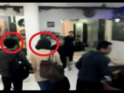 Hình ảnh trong video Ariel dan Sophia Latjuba Kepergok Masuk Hotel