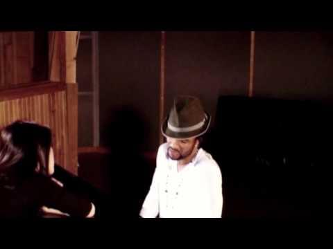 Смотреть клип Fally Ipupa - Kidiamfuka