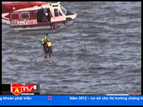 Công tác tìm kiếm nạn nhân vụ chìm tàu tại Italia