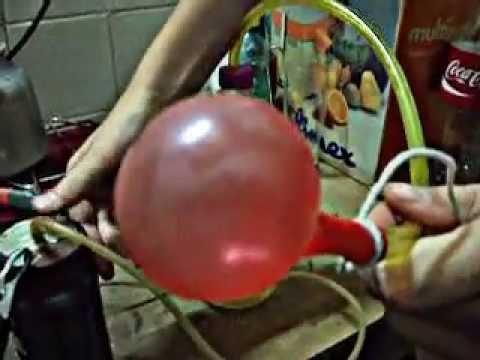 Inflar globos que flotan