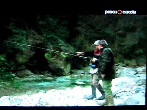 Pesca alla trota in torrente