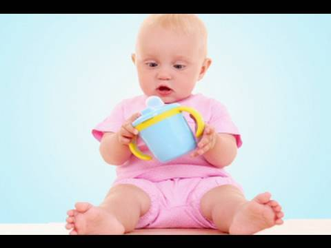 how to teach a baby to drink from a cup
