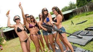 สาว ๆ กลุ่มนี้ พวกเธอมีอาวุธหนัก