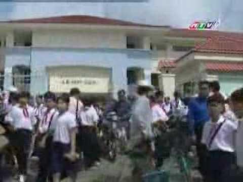 Kinh Van Hoa-Episode 02 (Nhung con gau bong)-Part 5