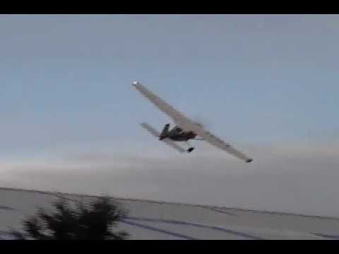 cessna 206 borraceando - low pass