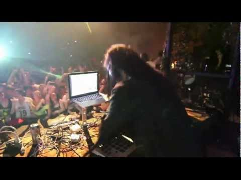 Skrillex & Damian Marley - Make it Bun Dem (Nile Club Mix 2013) HD
