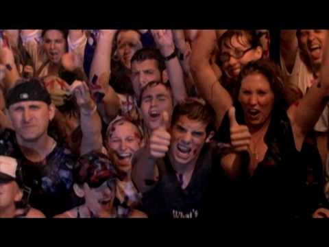 Give A Little Bit (Live In Buffalo July 4, 2004) (Video)