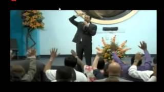 Viene Una Remoción- Pastor Aquiles Azar- 14 De Junio 2013