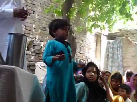 Pakistani Christian 4-year-old Girl praying in Urdu