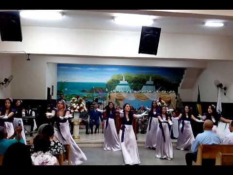 Coreografia a Igreja Vem