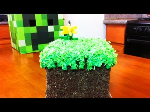 NERDY NUMMIES - MINECRAFT GRASS BLOCK CAKE