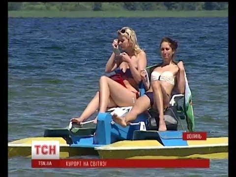 Озеро Свитязь протянуло свои объятия для отдыхающих