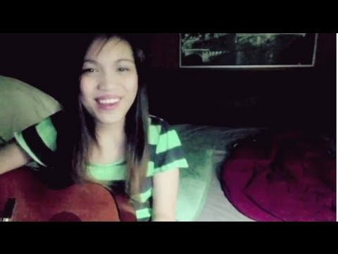 Falling in love - 2NE1 (acoustic english version) || cover by Izzy
