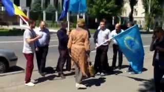Liberalii s-au fotografiat la ambasada rusă și la  Ștefan