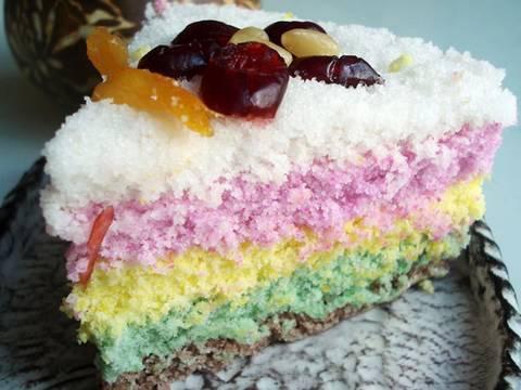 """Rainbow rice cake (""""mujigae ddeok"""")"""