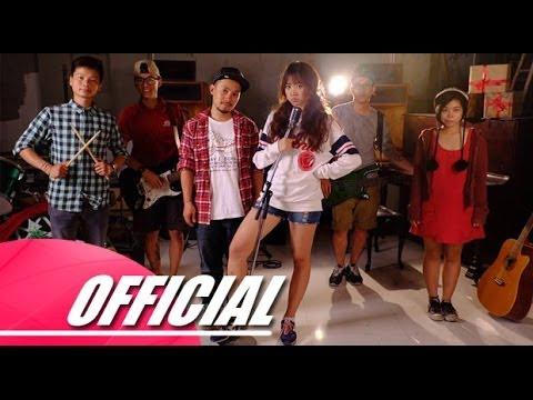 Jingle bells (remake) - Hari Won ft Tiến Đạt [OFFICIAL]