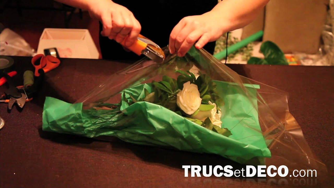 emballer un bouquet de fleurs comme le fleuriste. Black Bedroom Furniture Sets. Home Design Ideas