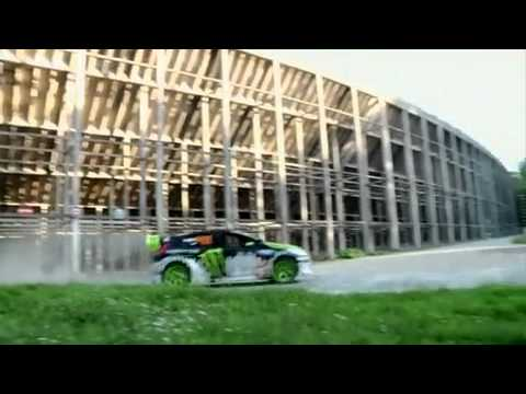 KEN BLOCK FORD FIESTA 2011 GYMKHANA