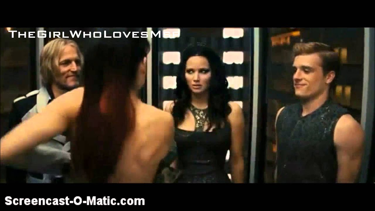 The Hunger Games: Catching Fire [Johanna strips in the