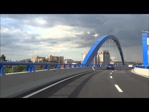 O plimbare pe Pasajul Mihai Bravu in ziua inaugurarii - 1 iunie 2014