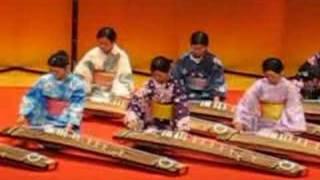 Koto - instrumento musical japonés