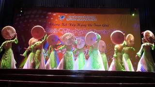 Múa Hương Sắc Việt Nam - Khoa KTKT trường ĐH Mở TP.HCM 2013