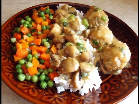 Jak zrobić pulpety z indyka z ryżem i pieczarkami