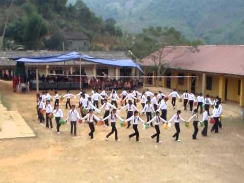 dong dien the duc  truong PTCS Thuong Ha Bao Lac