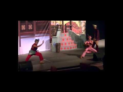 teater bangsawan tun fatimah - sedutan aksi silat babak 5 (part 1)