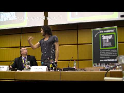 Russell Brand's press conference in Vienna with the Support. Don't Punish campaign