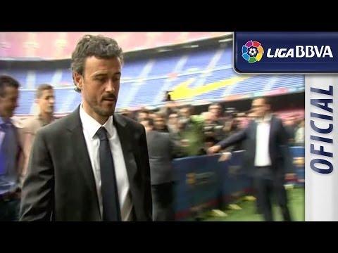 Luis Enrique signs for FC Barcelona