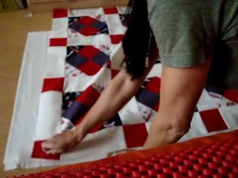 patchwork krabbeldecke quilt selber n hen teil 5 6 zum steppen vorbereiten youtube. Black Bedroom Furniture Sets. Home Design Ideas