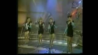 Las Chicas Del Can El Negro No Puede (Waka Waka)