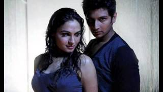 Jiiva Andrea Surprise Rain Song in Endrendrum Punnagai