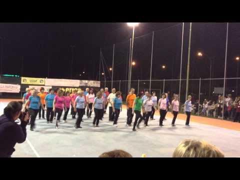 Ballo di gruppo H27