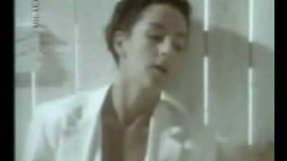 Mecano - Une Femme Avec Une Femme view on youtube.com tube online.