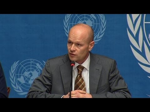 UN calls for $300m for humanitarian aid to Philippines